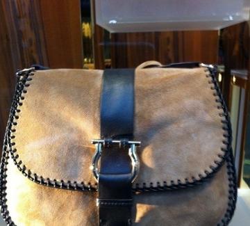 Чантите – най-често ползваният дамски аксесоар или едно мистично място, забулено в тайни...