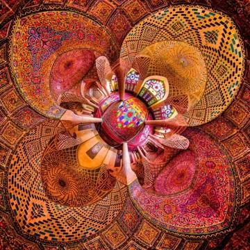 Уникални снимки на джамиите в Иран