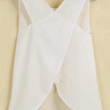 Бяла блуза с кръстосан гръб