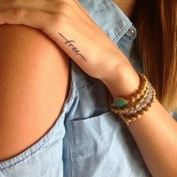 42 миниатюрни татуировки, които и майка ви би одобрила