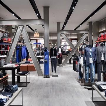 A|X Armani Exchange отваря първия си магазин в България!