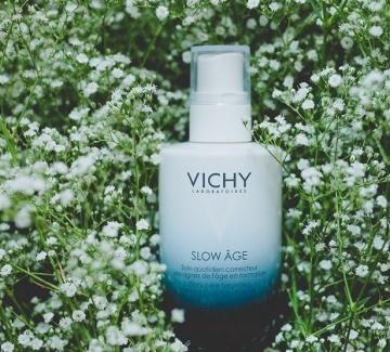 Подаряваме ви дневния флуид VICHY SLOW ÂGE
