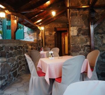 Ресторантът на трите сестри в Созопол
