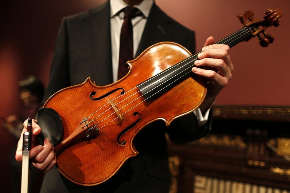 Тези 12 цигулки са най-скъпите за всички времена!