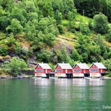 Една жена във Флам, Норвегия
