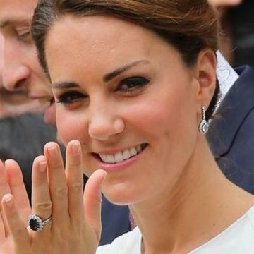 Британските кралски годежни пръстени през годините