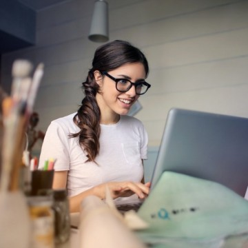 5 неща, които трябва да имаме, за да сме неотразими в офиса