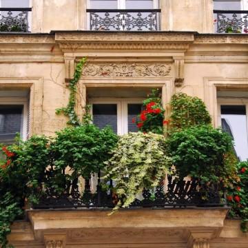 Тайните на френския балкон