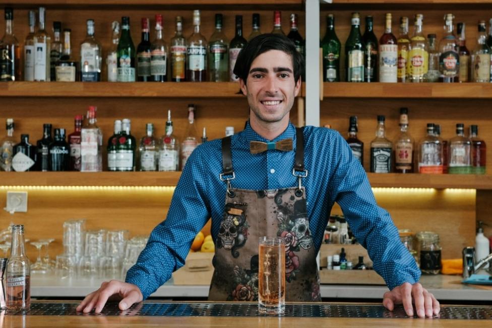 Павел Памукчиев: От малкия бар на плажа до барман на годината и финала на World Class в Берлин