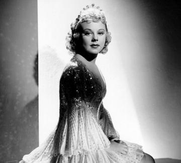 Соня Хени – злата снежна кралица