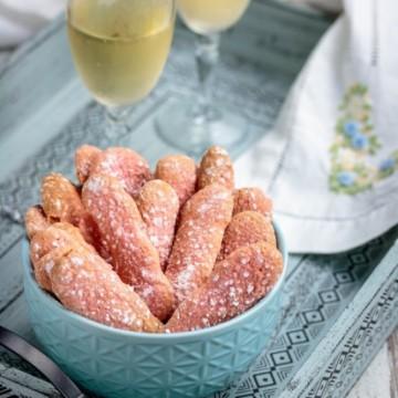 Вкусът на Франция: Розови бисквити от Реймс