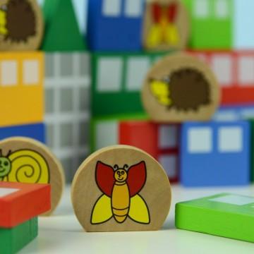 Идея за 1 юни: по-малко играчки, повече игри