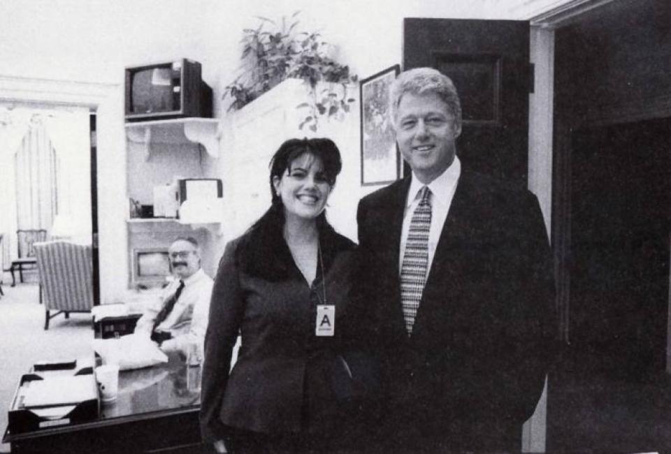 Аферата на Бил Клинтън и Моника Люински ще бъде разказана в сериал