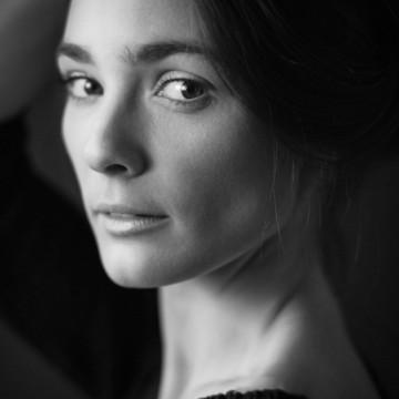 """Лорина Камбурова: """"Да си актьор, не означава, че си си окачил табела """"мистерия"""""""