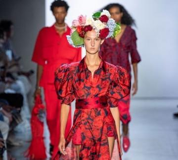 Политически послания и на Седмицата на модата