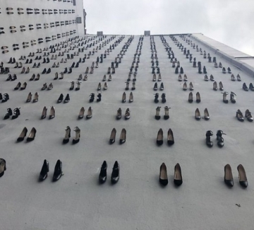 440 чифта обувки станаха символ на жените, жертви на домашно насилие