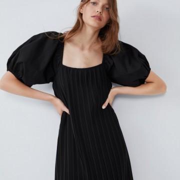 21 рокли от намалението в Zara, които можем да носим и през пролетта