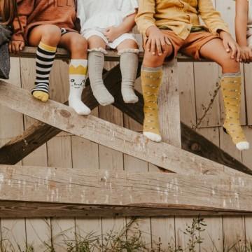 По чорапите ще ни познаете!