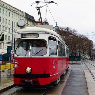 Как Виена поощрява гражданите си да оставят колата си в гаража