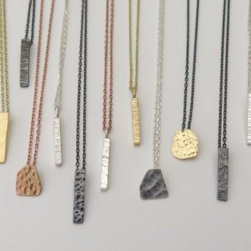 Да извадим женствеността на показ с PiN Jewelry