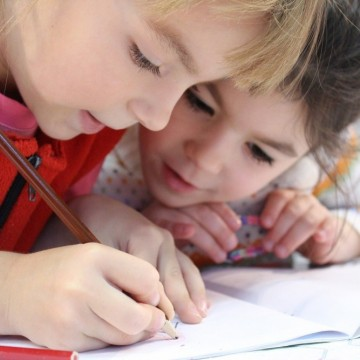 Учебна година под карантина - ще се справи ли образователната система?