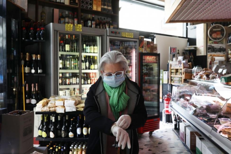 Една българка в Рим:  Сега политиците говорят малко