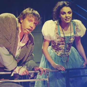 4 театрални постановки, които да гледате онлайн днес