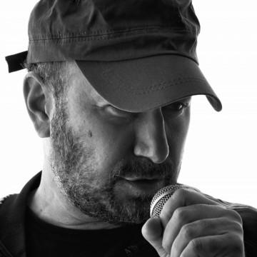 5 песни на Стефан Вълдобрев, които не спираме да слушаме