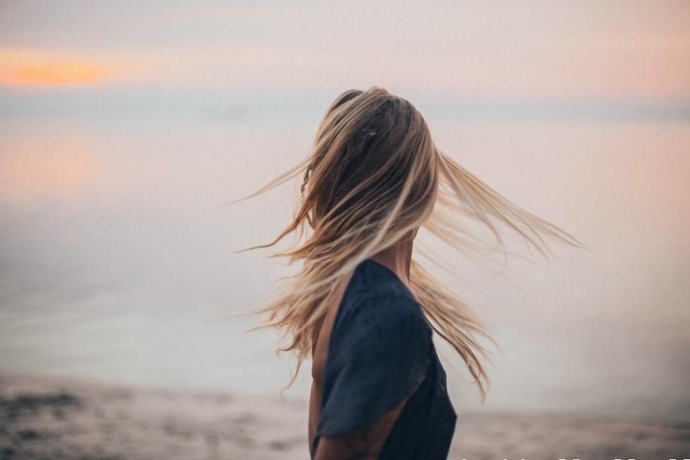 Красив цвят на косата без фризьор? Вече е възможно!