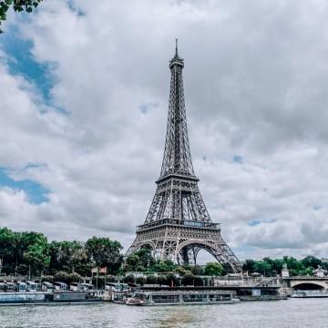 Пет неща, които трябва да знаем за Айфеловата кула