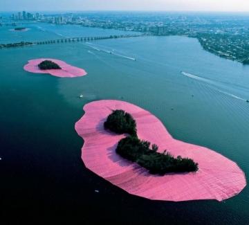 11 от най-мащабните и красиви проекти на Кристо