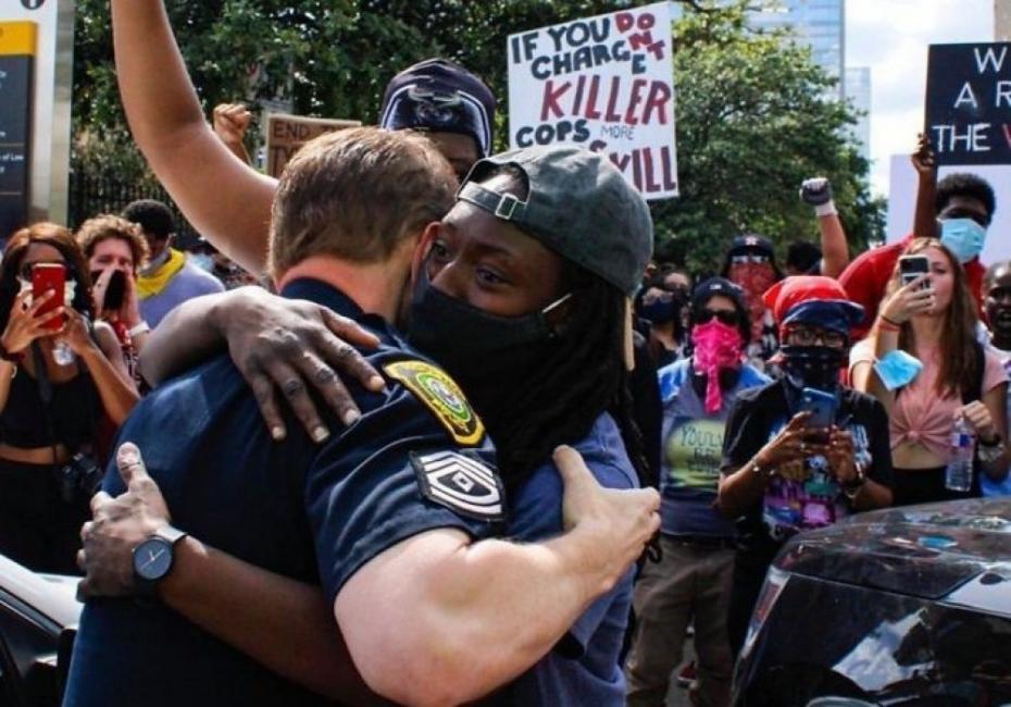 Красивата страна на протестите в САЩ