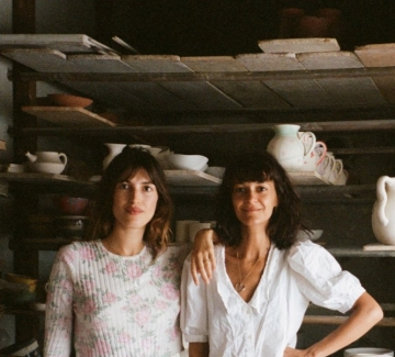 Парижанката Жан Дамас и нейната нова колекция с кауза
