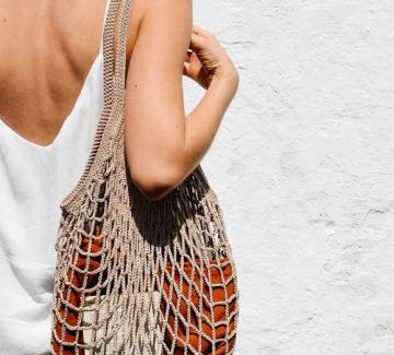 19 шопинг находки с чантите, които правят лятото ни още по-слънчево