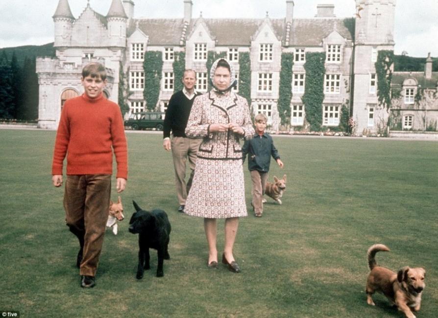 """Какво не знаем за замъка """"Балморал"""" – мистичната лятна резиденция на кралицата"""