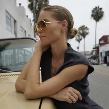 27 идеи как да носите косата си на нисък кок
