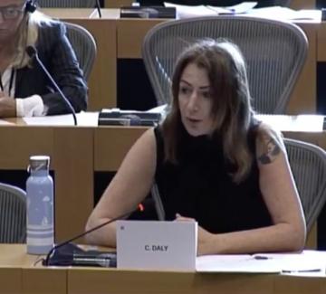 """Ирландската евродепутатка Клеър Дейли: """"Хората са по улиците, ние говорим за напредък..."""""""