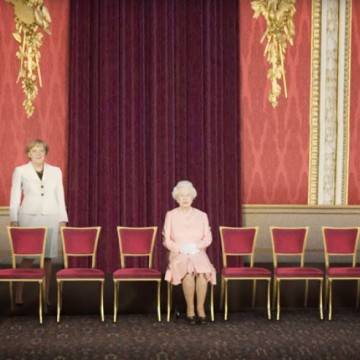 Експеримент: как изглежда политиката, когато махнем мъжете от снимките?