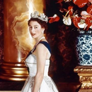 Малко показвани снимки на младата Елизабет II