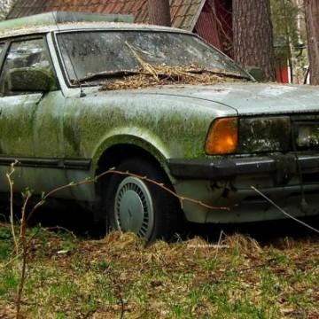 Спаси София: Време е да се отървем от изоставените автомобили по улиците!