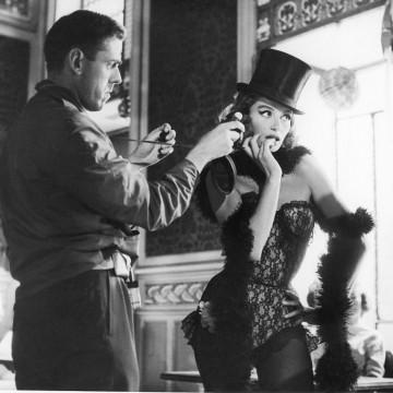 19 кадъра, които ще ви пренесат в света на френското кино през 50-те