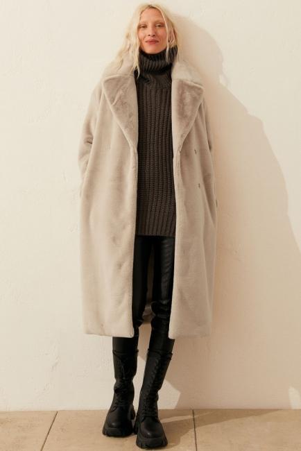 24 стайлинг идеи с палтата, които ще носим тази зима
