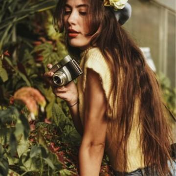 Аксесоарите с красиви цветя, които ще откриете на Mish Mash Fest – The Halloween Edition