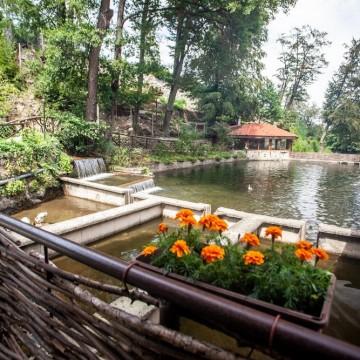 5 места с минерални басейни за уикенд извън града