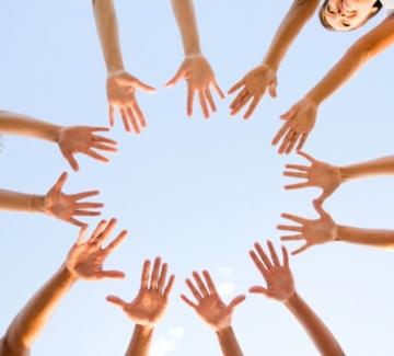 Доброволчеството ще пребъде и след HelpKarma