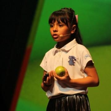 8-годишно момиченце с IQ, по-високо от това на Айнщайн