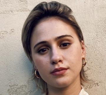 Целият свят говори за едно българско момиче