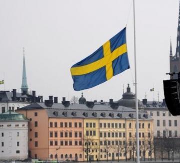 Щвеция съветва, България забранява - за приликите и разликите с шведския модел