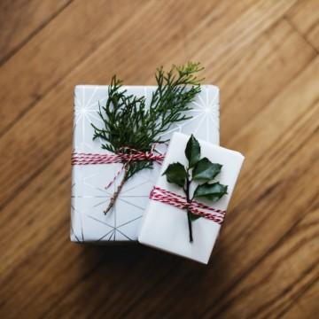 Коледните подаръци, с които спестявате пари, но не и качество
