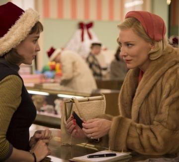 """6 коледни филма, които са различни от """"Наистина любов"""""""